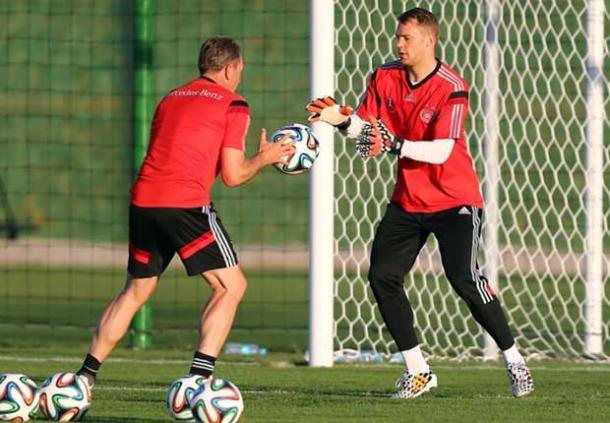 Manuel Neuer Sudah Membaik