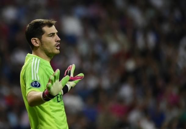 Di Real Madrid Iker Casillas Ingin Pensiun