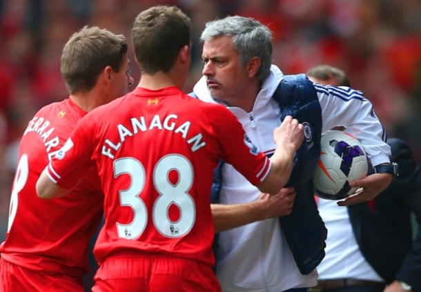 Panasnya Anfield Siap Hadapi Jose Mourinho