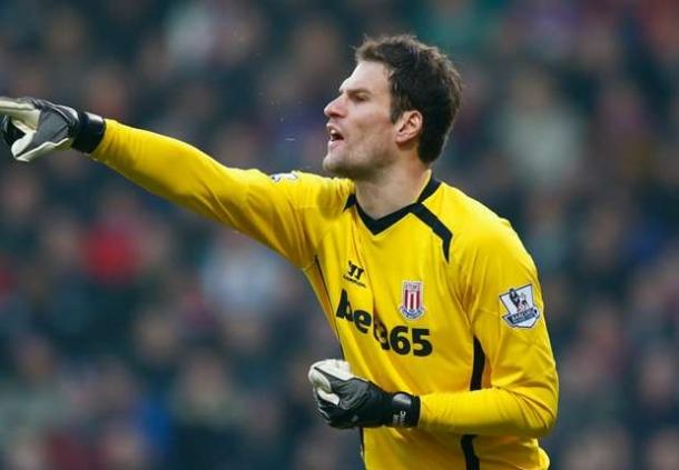 Stoke City Menolak Penawaran Dari Chelsea Untuk Asmir Begovic