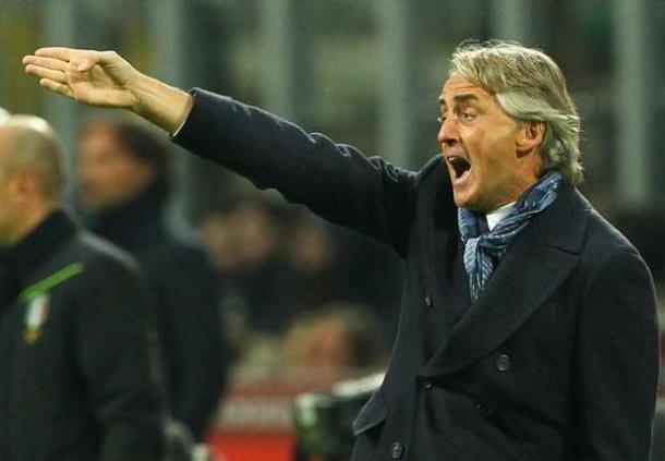 Meski Inter Puncaki Klasemen, Mancini Tetap Merendah Hati